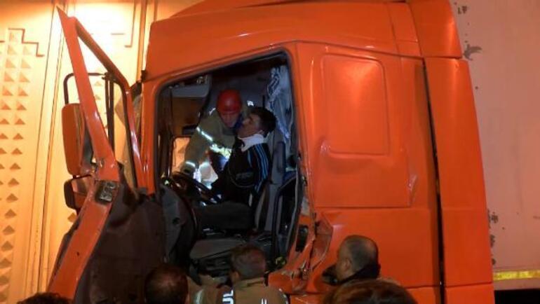 İstanbul'da TIR kazası: 1 yaralı 1 – 60b5b0325542822a4871eb29