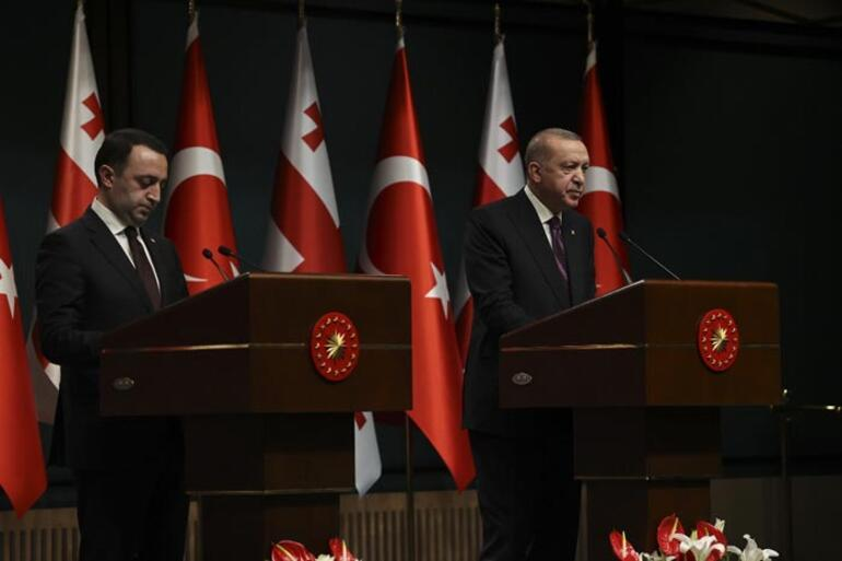 Son dakika: Ankarada kritik görüşme Erdoğandan önemli mesajlar...
