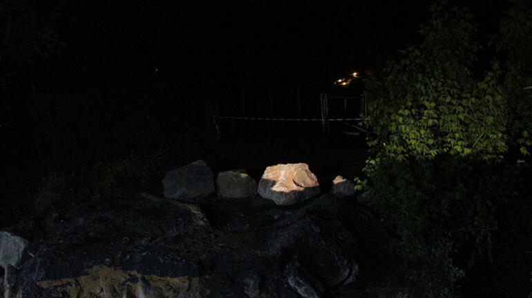 Yağışlara dayanamadı Sarıyerde Gümüşdere Köprüsü yıkıldı