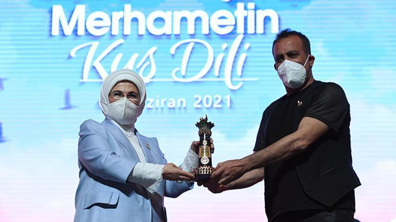 Emine Erdoğan: Teknolojik ilerlemeyle eş zamanlı manevi ilerleme sağlayamıyoruz 1 – 60be2c2cadcdeb18b8036d78