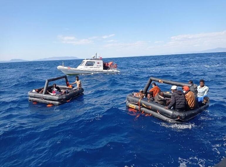İzmir'de 131 kaçak göçmen kurtarıldı 1 – 60be427955427f3658d74b69