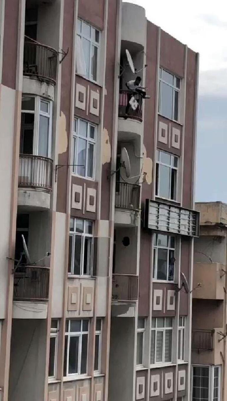 Avcılarda dehşet anları Birlikte yaşadığı kadını dövdü, 5inci kattan atlama kalktı