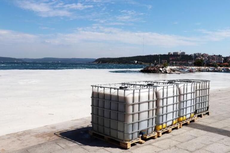 Çanakkale Boğazında 3 günde 37 metreküp müsilaj toplandı