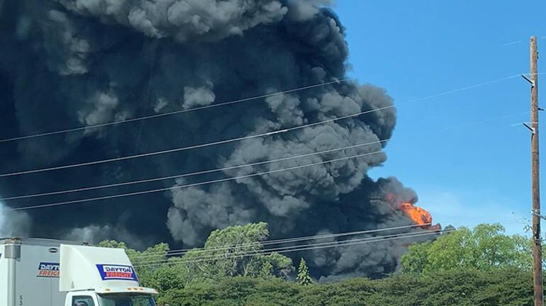 Kimya fabrikasında yangın Durdurulamıyor...