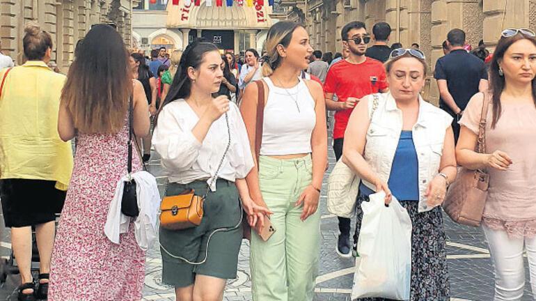 AZERBAYCAN MASKEYİ ATTI