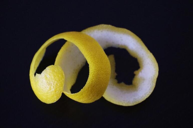 Limonun Faydaları ve Zararları Nelerdir Limon Kabuğu ve Suyu Ne İşe Yarar