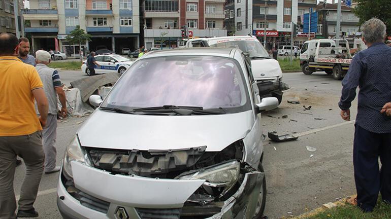 Samsunda trafik kazası Hepsi yola saçıldı