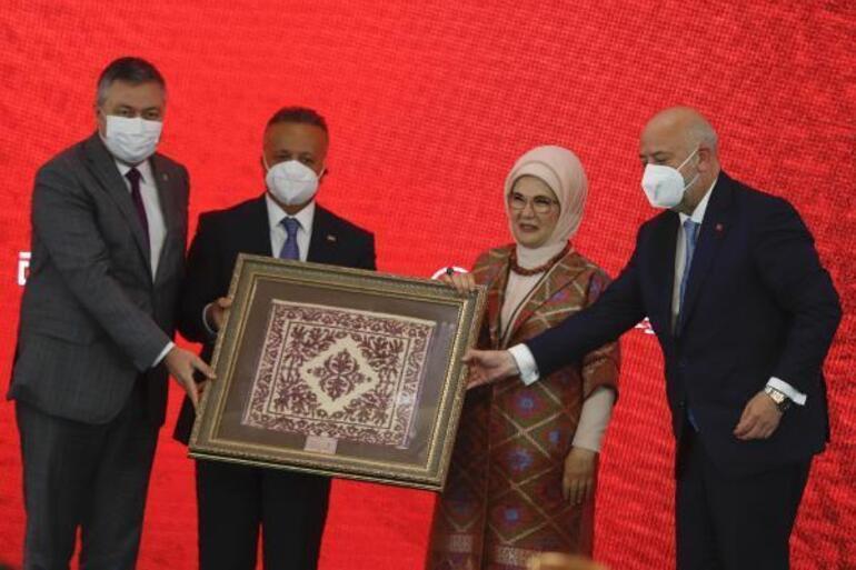 Emine Erdoğan: Geleneksel sanatların ruhunu anlamadan ticarileştirmeyelim