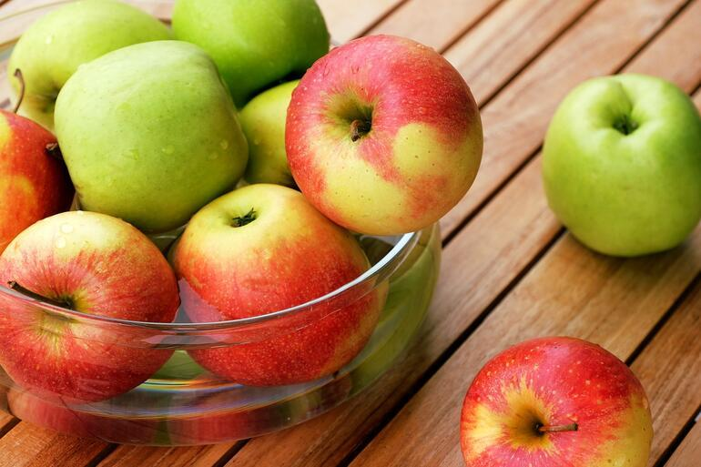 Elmanın Faydaları Nelerdir Elmada Hangi Vitaminler Var