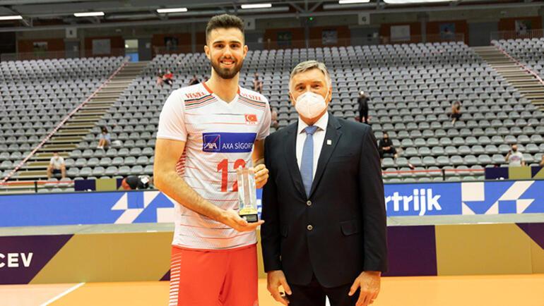 Efeler'in müthiş ikilisi  Adis Lagumdzija ve Bedirhan Bülbül