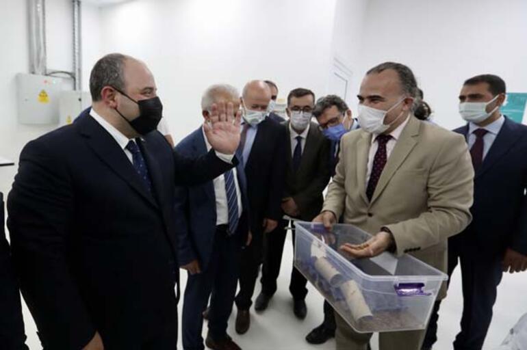 Bakan Varank Şanlıurfada açılışlarını yaptığı merkezleri ziyaret etti