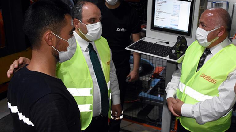 Bakan Varank, fabrikaları ziyaret etti Saat 22.15te kurdele kesti