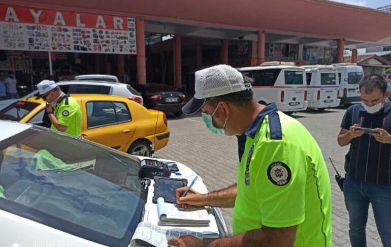 Sivil polise yakalanan korsan taksici Yaktın beni diye ağladı