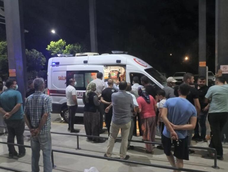 İzmirde trafik kazası Çok sayıda yaralı var