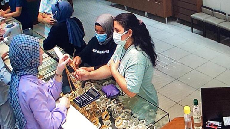 Arnavutköyde kadınlar dakikalar içinde 16 altın zinciri böyle çaldı