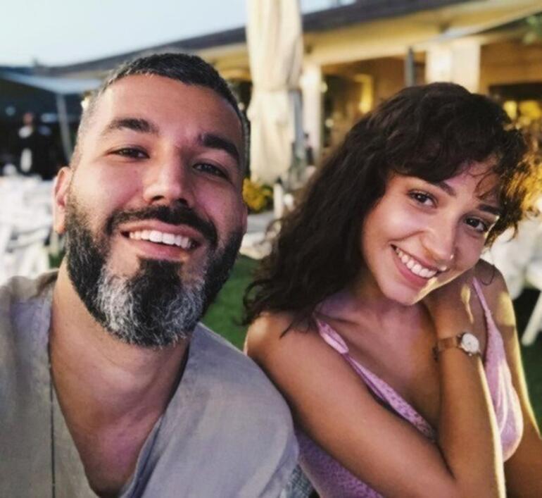 Zeynep Bastık kimdir, yaşı ve boyu kaç Zeynep Bastık kimle evlendi İşte şarkıları ve biyografisi