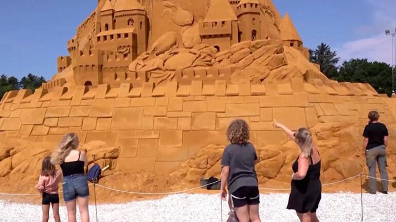 Dünyanın en uzun kumdan kalesi inşa edildi