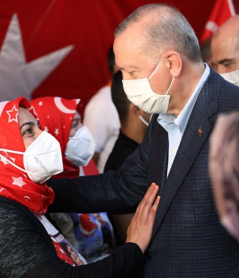 Cumhurbaşkanı Erdoğandan Diyarbakır annelerine ziyaret
