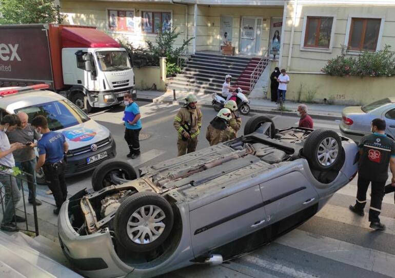 İçinde sürücüsünün olmadığı otomobil takla attı