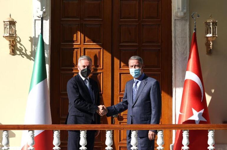 Son dakika Bakan Akar, İtalyan mevkidaşıyla görüştü