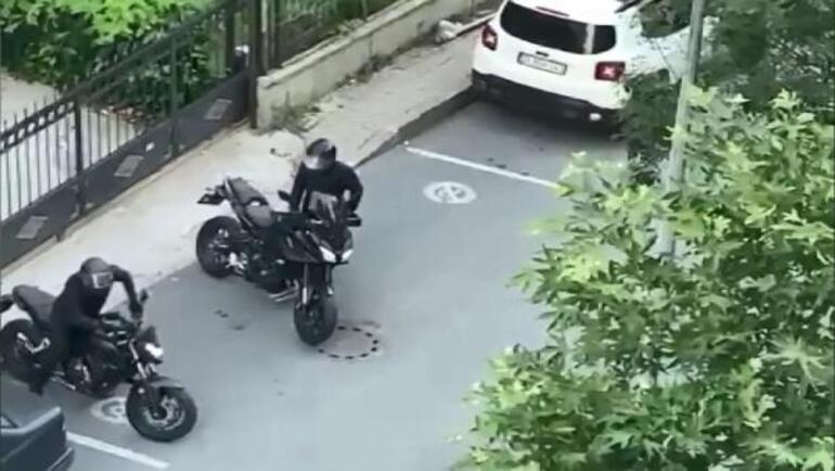 Motosiklet hırsızları komşunun cep telefonu kamerasında