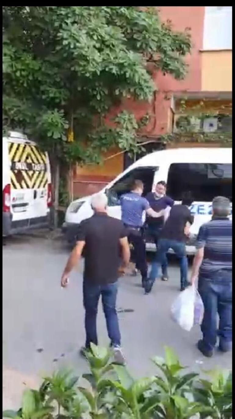Son dakika: İstanbulda kan donduran anlar Böyle evlat olmaz olsun