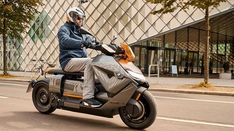Yeni BMW Motorrad CE 04, 2022de Türkiyede