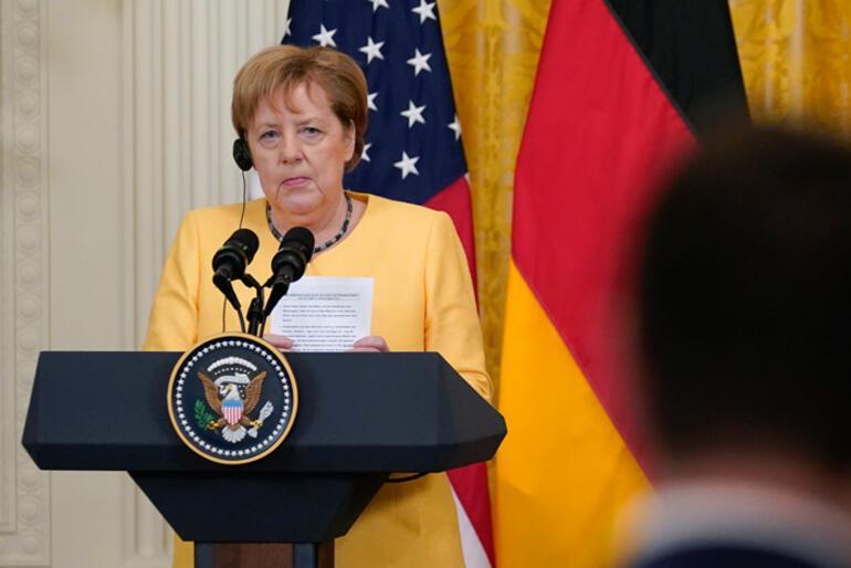 Merkelden flaş Afganistan açıklaması: Ne yazık ki...