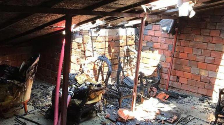 Evinde yangın çıkan komşusunu kurtardı