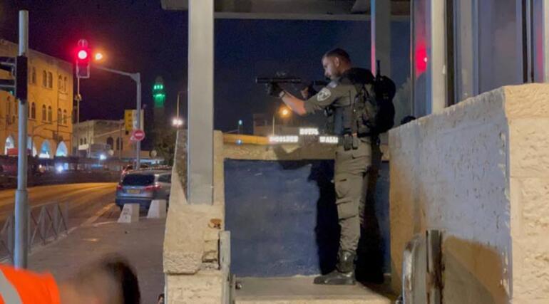İsrail polisinden Şam Kapısında Filistinlilere saldırı