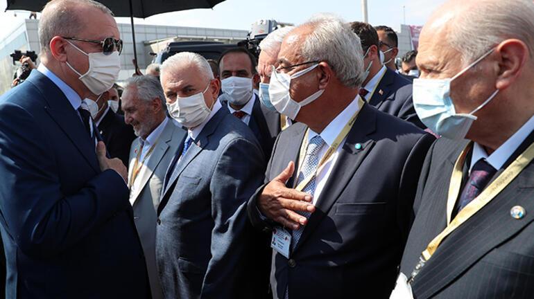 Cumhurbaşkanı Erdoğana KKTCde resmi törenle karşılama