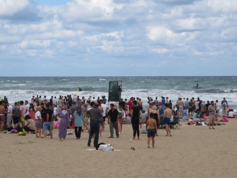 Son dakika... Şilede 2 kişi boğuldu Denize girmek yasaklandı