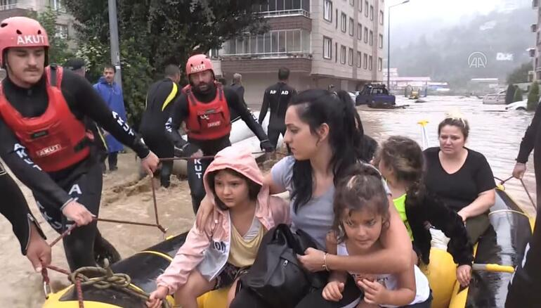 Son dakika: Sağanak yağmur yine vurdu geçti Bakan Soyludan açıklama