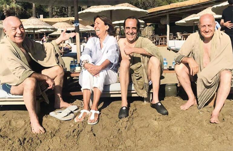 MFÖden deniz pozu: 20 yıl sonra ilk defa üçümüz birlikte yüzdük