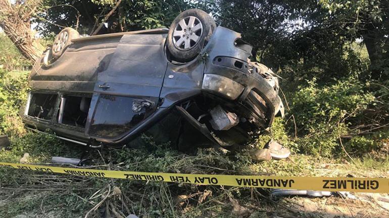 Kastamonuda tarım işçilerini taşıyan minibüs devrildi: 1 ölü, 7  yaralı