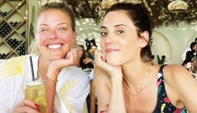 Cansu Dere ile Esra Eron tatilde buluştu
