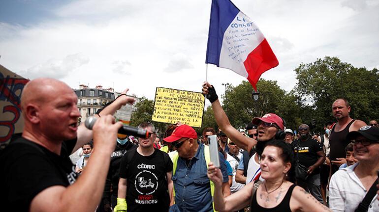 Fransanın 174 noktasında toplandılar Macronu hedef aldılar