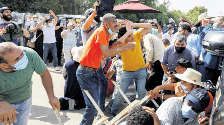 Tunus'ta siyasi kriz