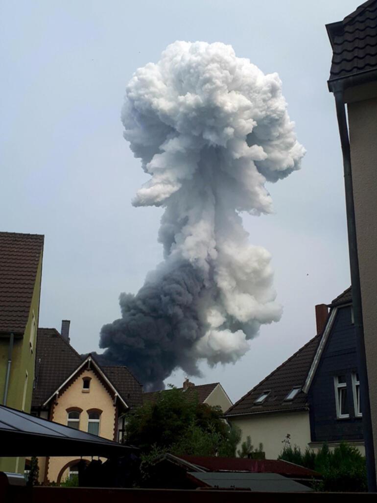 Son dakika... Almanyada patlama
