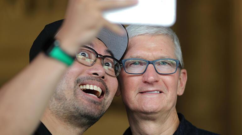Apple, iPhone satışlarının artmasını bekliyor
