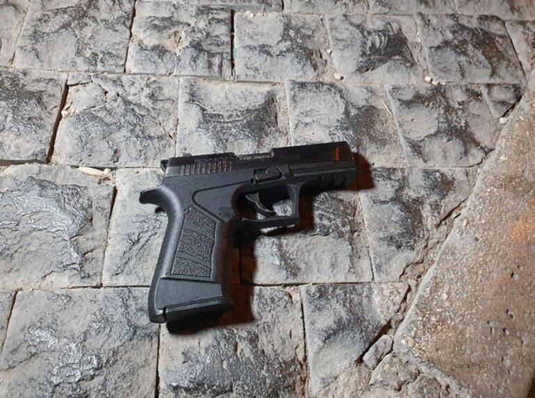 Barda çıkan silahlı kavga sokağa döküldü Yaralılar var