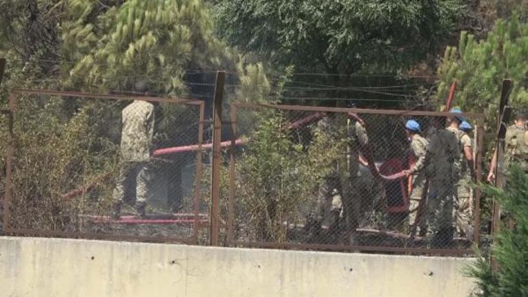 Son dakika... İstanbulda askeri kışladaki ağaçlık alanda yangın