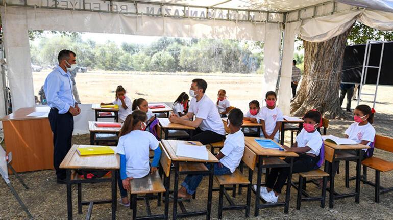 Son dakika... Bakan Selçuk duyurdu 11 ilde Mobil Okul projesi başladı