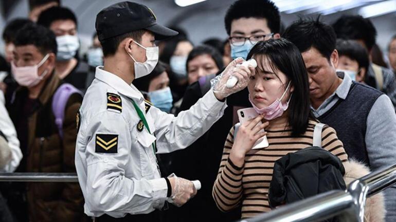 Çindeki vakaların artması sonrası aşı kampanyaları öğrencilere odaklandı