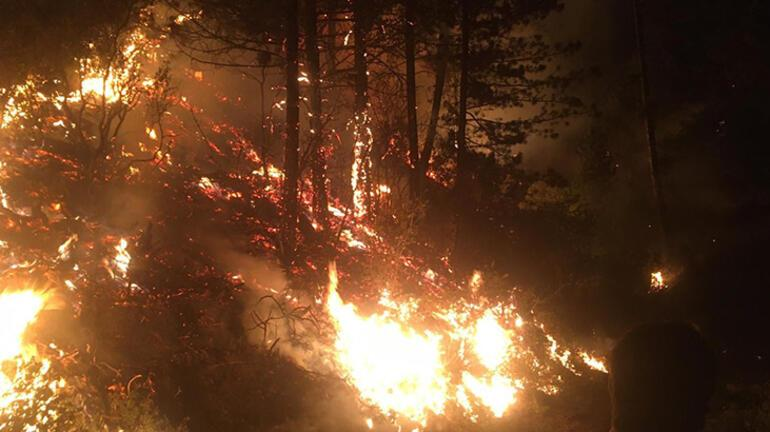 Karacasudaki yangında 3üncü gün; bir mahallede kısmi tahliye