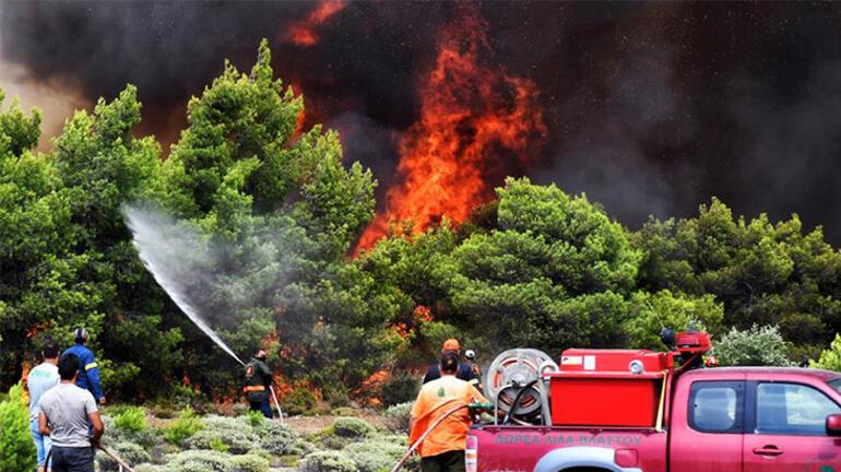 Yunanistanda ordu yangın söndürme çalışmalarına katılacak