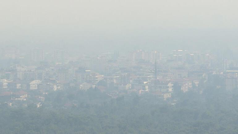 Burdurda orman yangını Dumanlar Antalyayı kapladı