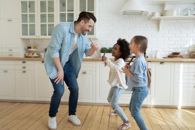 Evde Oynanabilecek Oyunlar: Ailecek ve Arkadaşlarla Oynanabilecek En Güzel Oyunlar