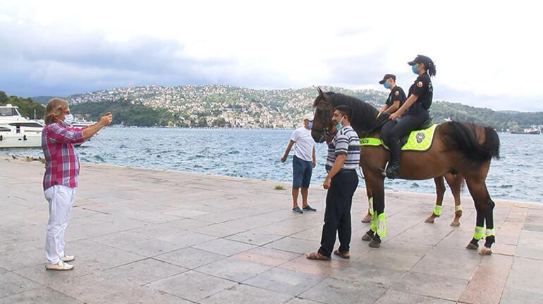 Sarıyerde atlı polislerden denetim