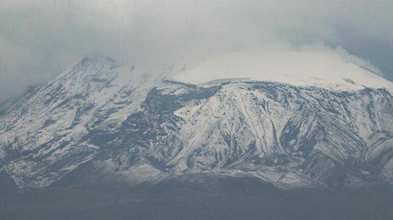 Türkiyenin çatısına ilk kar düştü Kış hazırlıkları başladı